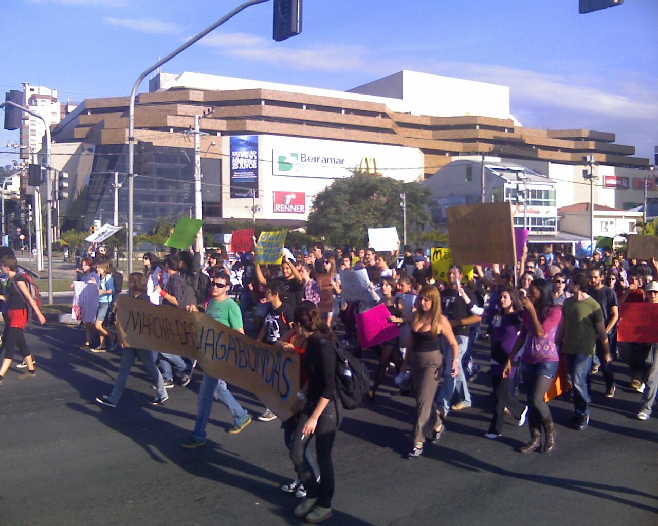 #MarchadaLiberdade em #Floripa #andando