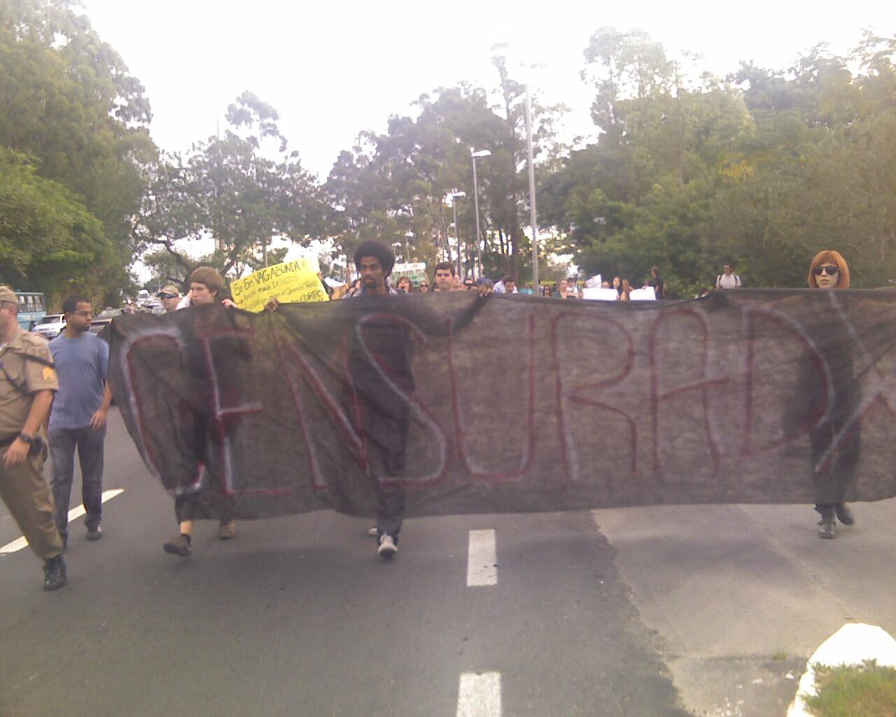 """censuradoXs"" #MarchadaLiberdade em #Floripa"
