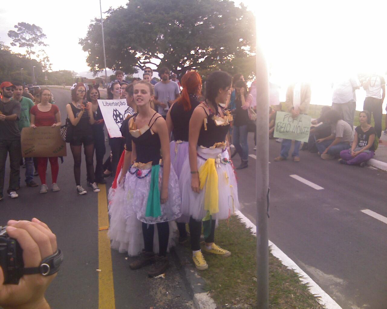 #MarchadaLiberdade em #Floripa #arte