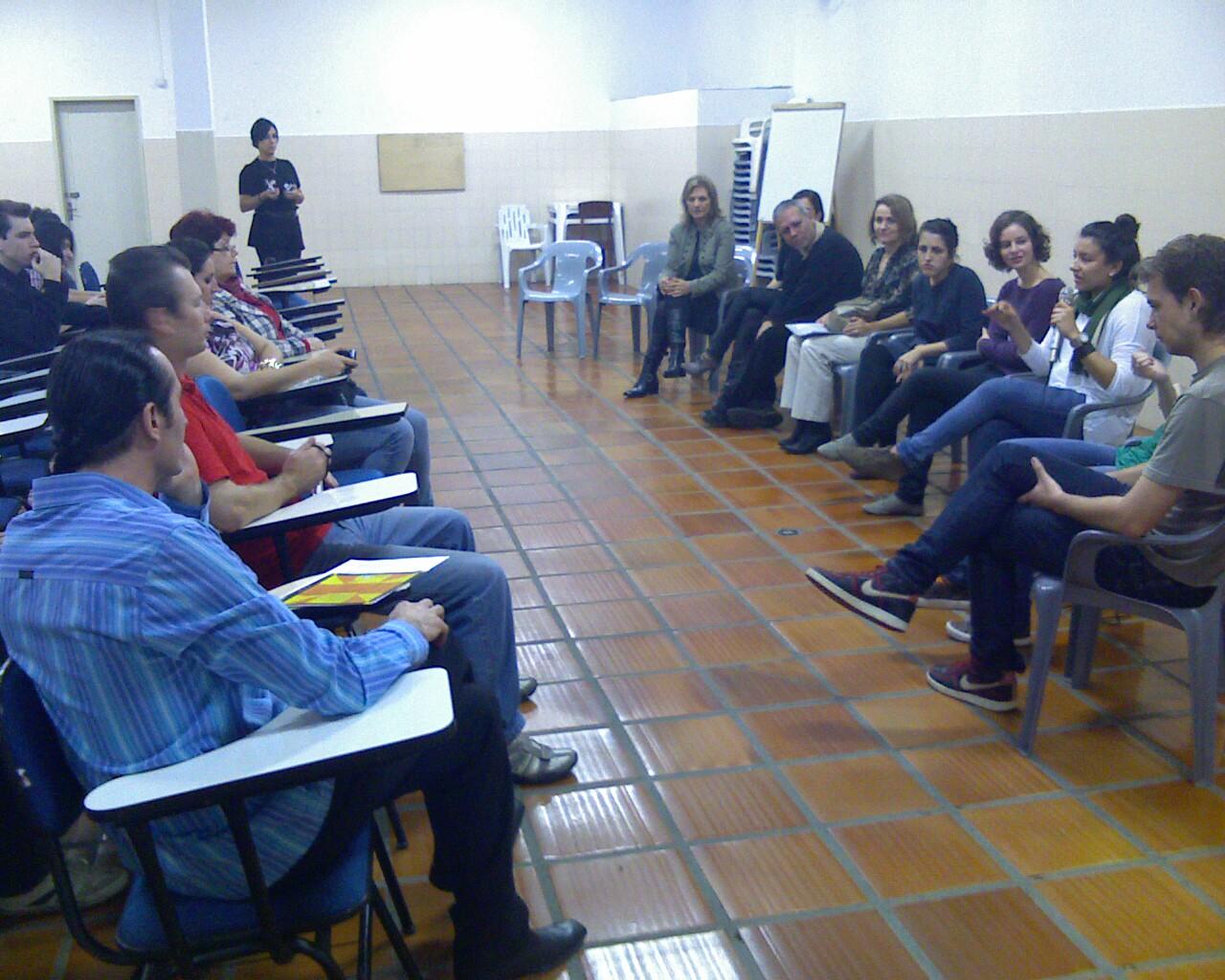 Bate-papo com os artistas em Joinville