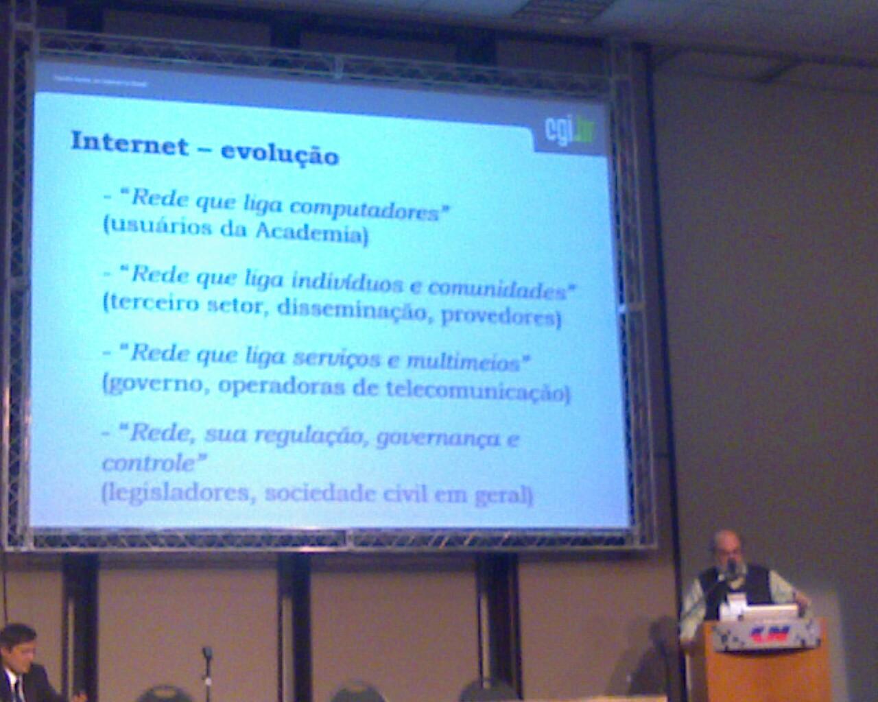 Demi Getschko no #ForumInternet