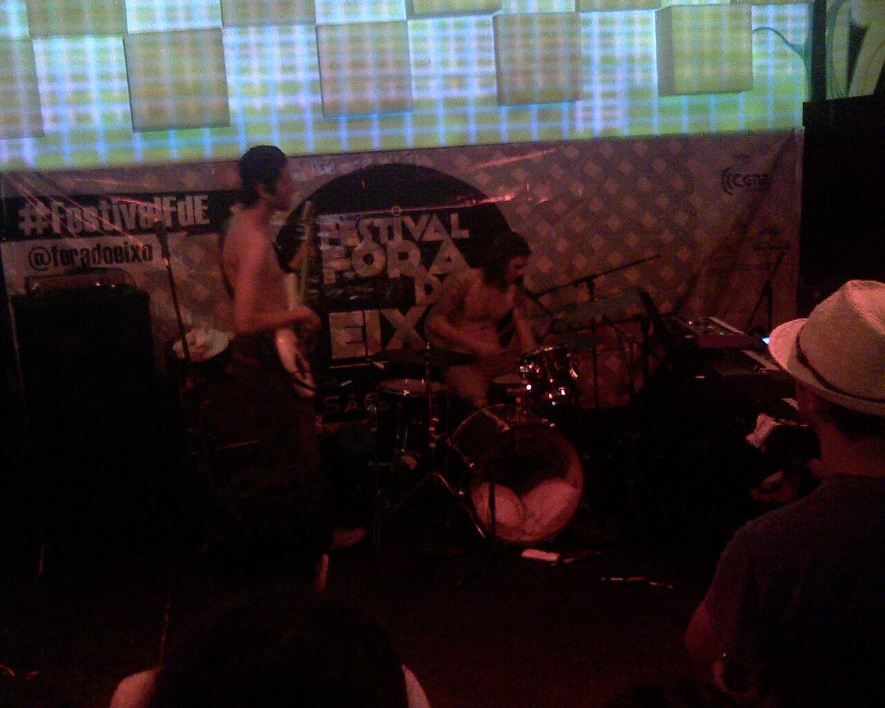 #invasaocatarina literalmente dando show no #festivalFdE