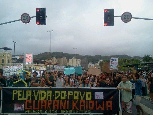 Ato chega na frente do Terminal Urbano do Cemtro de #Floripa #SouGuaraniKaiowa