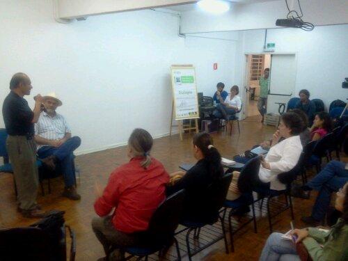 Reunião da Plataforma Puente Cultura Viva Comunitária em SP