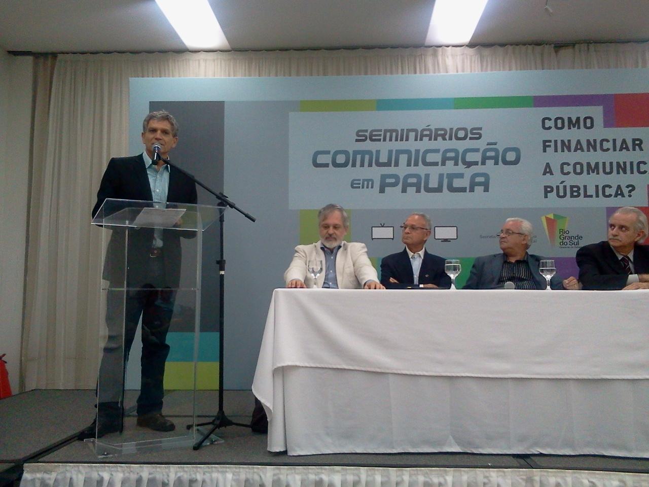 """Seminário """"Como Financiar a Comunicação Pública?"""""""
