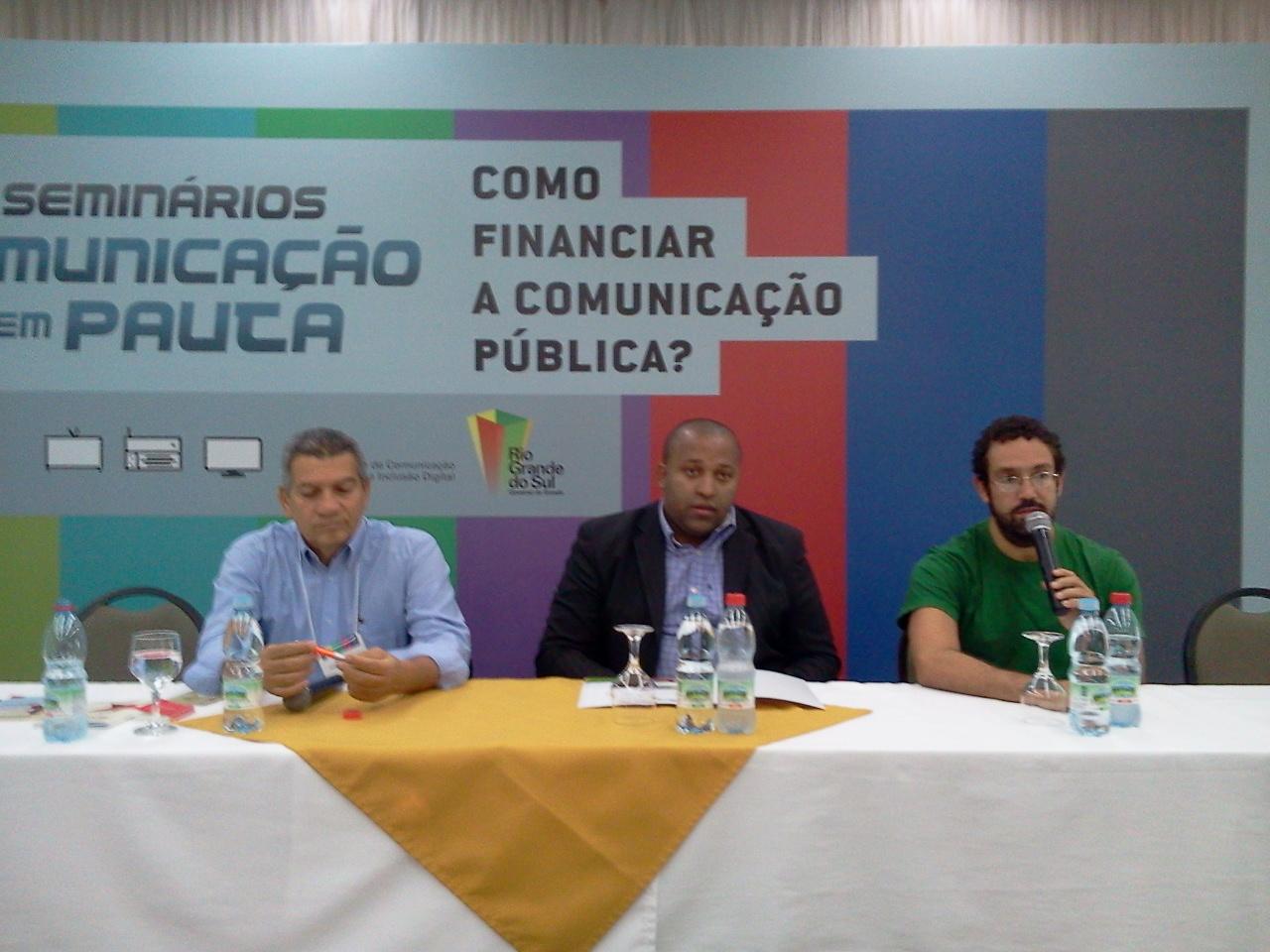 Debate sobre experiências internacionais de financiamento da Comunicação Pública