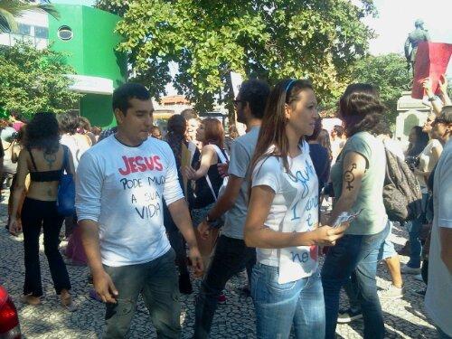 Caminhos contrários #MarchadasVadias #Floripa